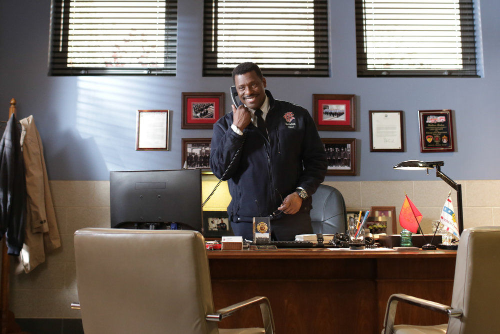 Chicago Fire — s02e18 — Until Your Feet Leave the Ground