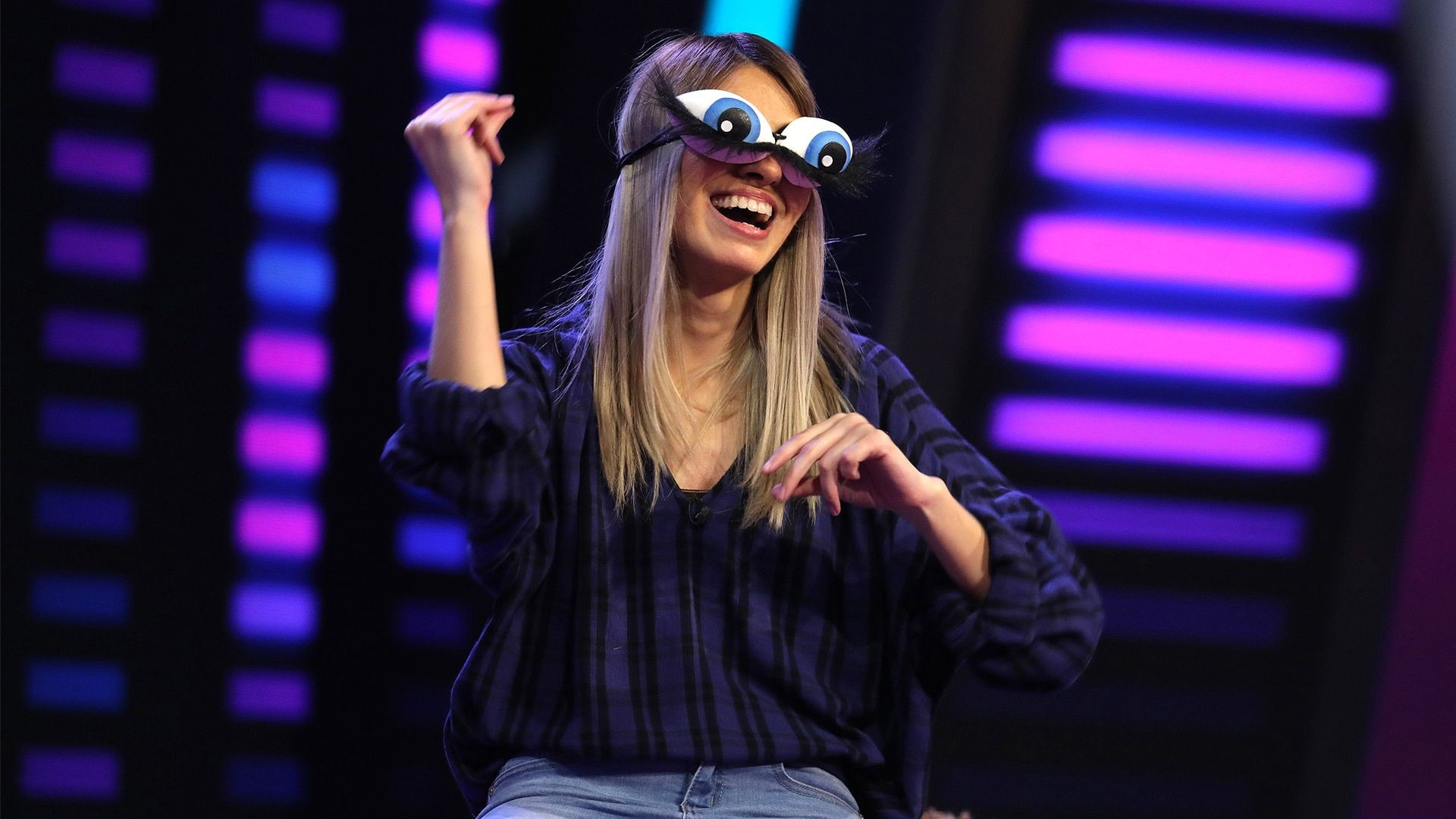 Ellen's Game of Games — s02e06 — One Eyed Monster's Inc.