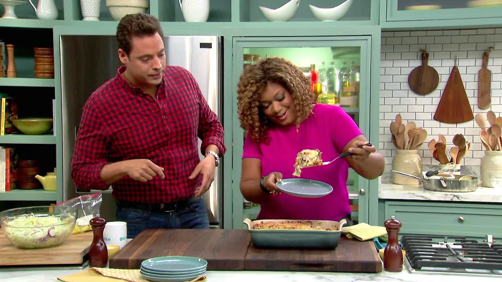 The Kitchen — s04e11 — Waste Not...