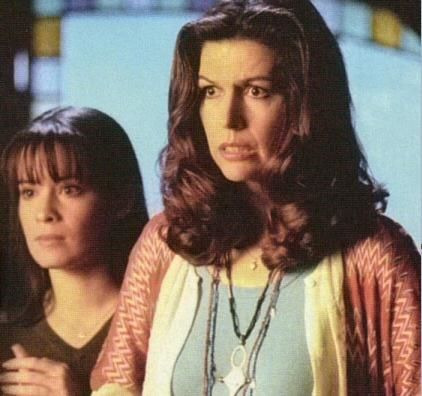 Charmed — s01e17 — That '70s Episode