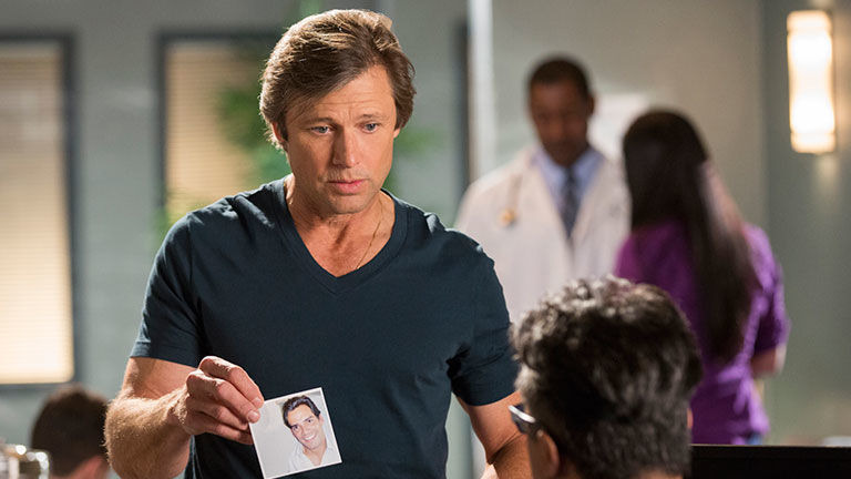 Devious Maids — s03e03 — The Awful Truth