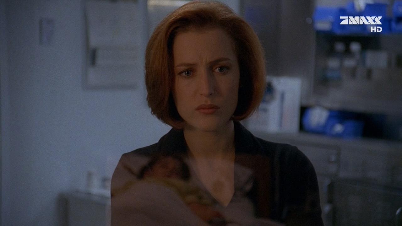 The X-Files — s05e07 — Emily (2)