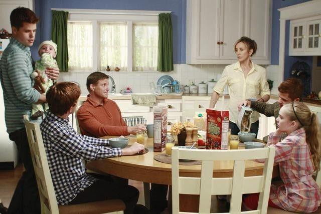 Desperate Housewives — s07e12 — Where Do I Belong?