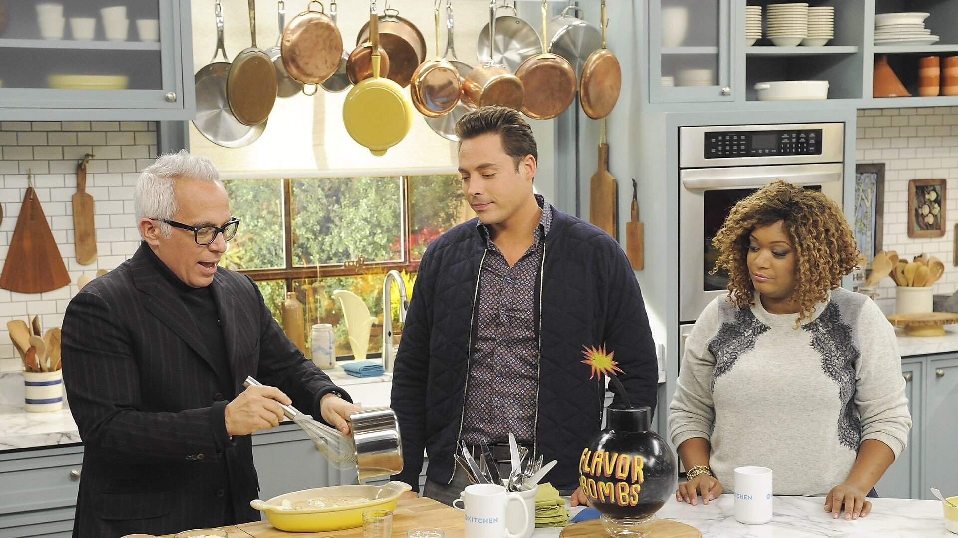 The Kitchen — s04e13 — Snow Day Cooking