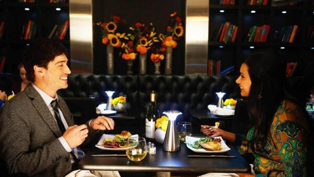 The Mindy Project — s02e05 — Wiener Night