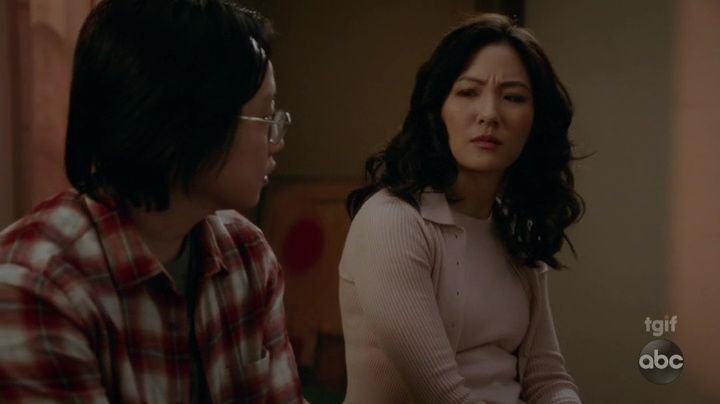 Fresh Off the Boat — s05e17 — These Boots Are Made for Walkin'