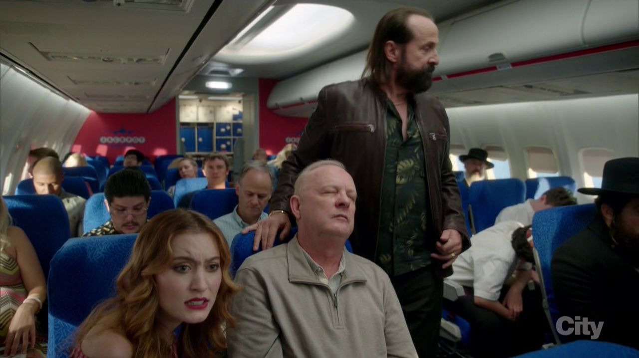 LA to Vegas — s01e02 — The Yips and the Dead