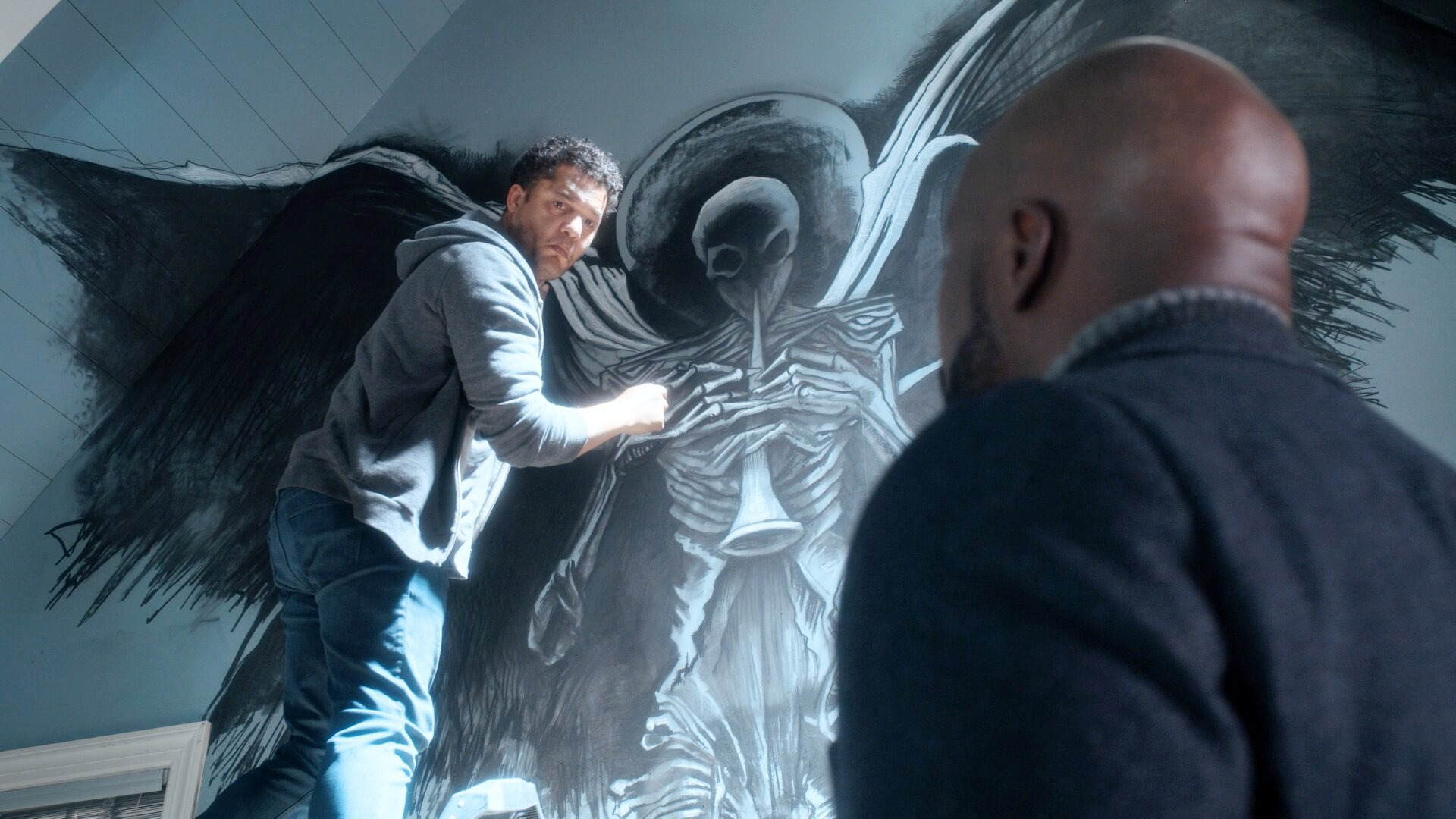 Зло — s02e02 — A Is for Angel