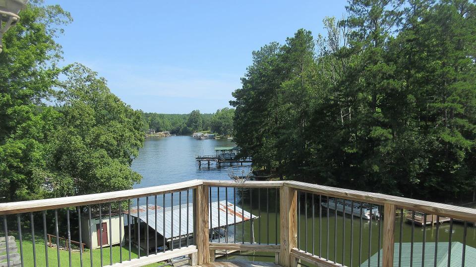 s2018e13 — Getting Away on Lake Greenwood, South Carolina