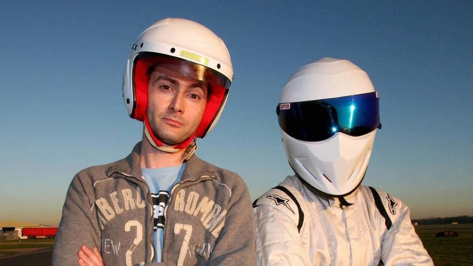 s01e01 — Stig Outruns a Speed Camera