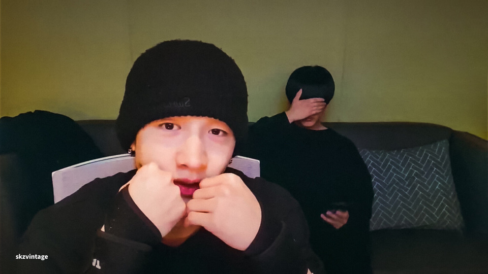 s2021e44 — [Live] Chan's Room 🐺 Ep. 95 (feat.Changbin)