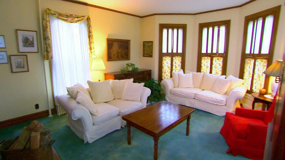 s2015e02 — Moving Out of the In-Laws and Into a Renovation