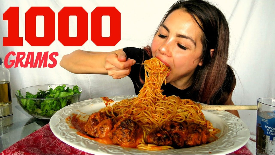 s04e28 — How to make Meatballs & Spaghetti + Pasta sauce from scratch! Mukbang 먹방 15k Giveaway