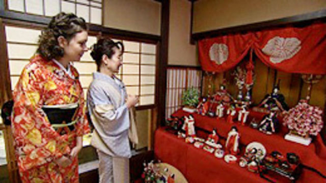 s2014e10 — Kyoto in Spring - Part 1: Discovering Dolls' Day Traditions