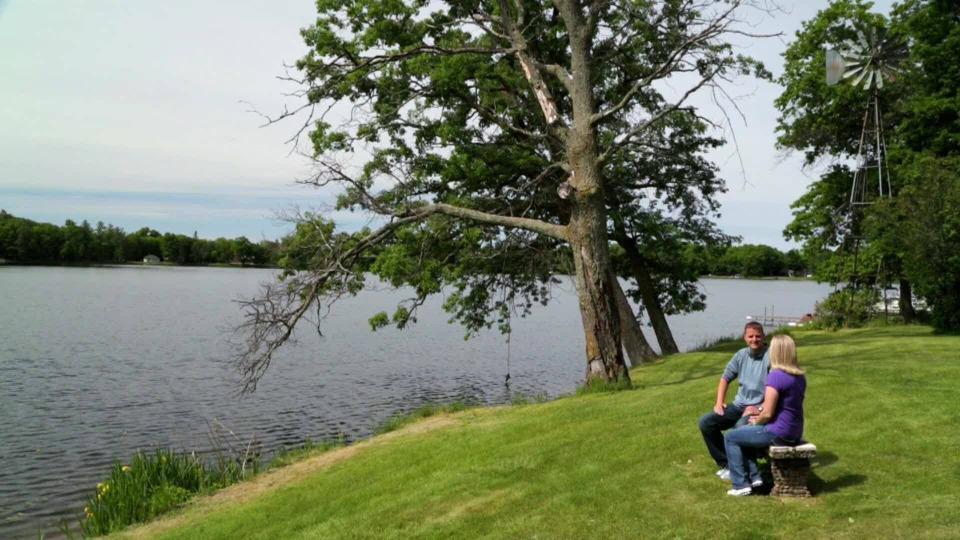 s2017e16 — Brainerd Lakes Family Escape