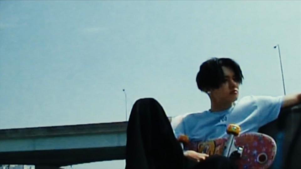 s2021e98 — [Concept Clip] The Chaos Chapter: FIGHT OR ESCAPE «FIGHT» (Yeonjun)