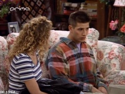 s03e09 — The Marrying Dude