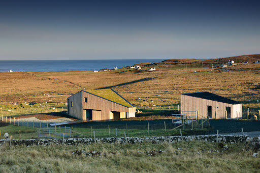 s12e07 — Isle of Skye: The Larch-Clad House