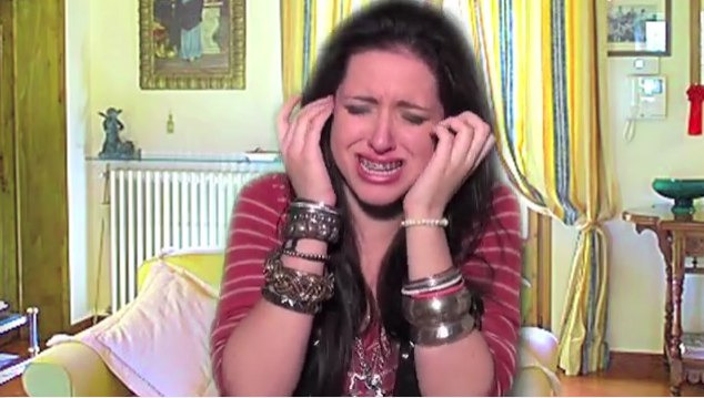 s01 special-0 — INTERACTIVE GAME: LEAVE MILEY ALONE!