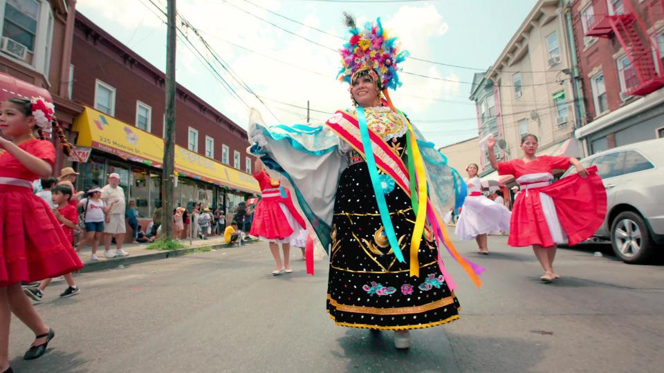 s01e08 — Dancing in Little Lima!