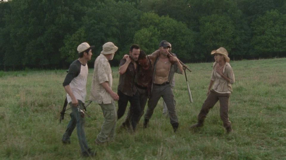 Watch The Walking Dead S02E05 streaming - season 02 Episode 05