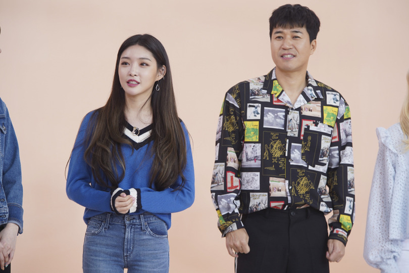 s02e16 — Kim Jong-min (Koyote), Chungha, DreamNote, BVNDIT