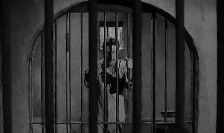 s06e23 — Cage at McNaab