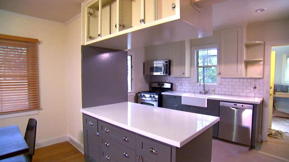 s2013e01 — Creating a Modern Craftsman Kitchen