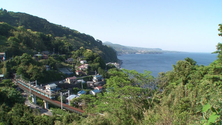 s2018e06 — Izu: From Rugged Coastline to Inland Warmth