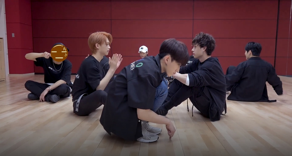 s2018e131 — [Dance Practice] «My Pace» (Close up Ver.)