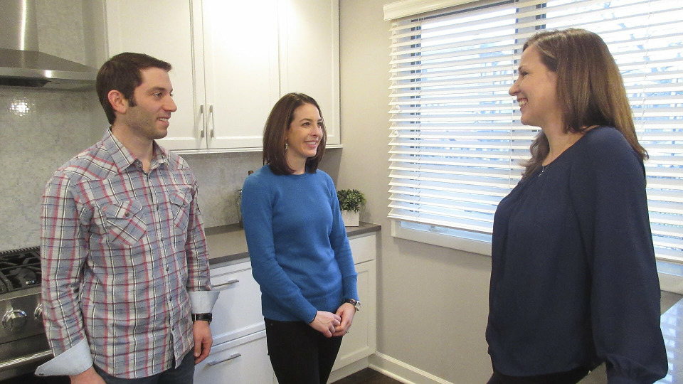 s2015e22 — A Real Estate Broker and His Wife Have Very Precise Ideas About Their New Home