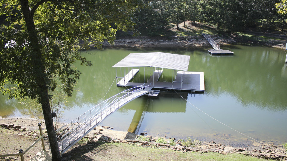 s2020e11 — Seeking Southern Comfort on Smith Lake
