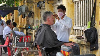 s07e02 — Cambodia