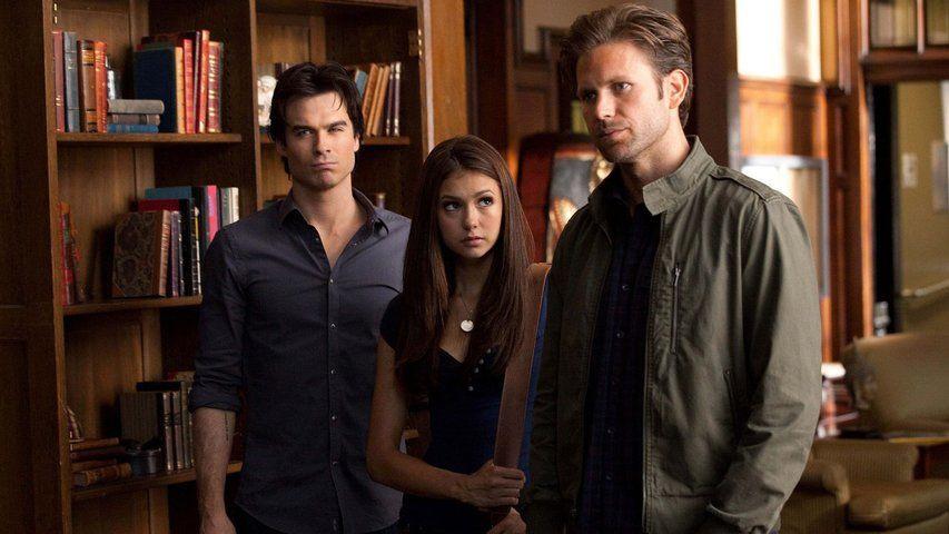 Vampire diaries online