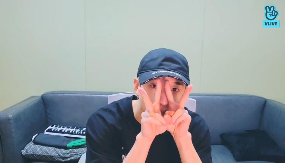 s2021e125 — [Live] Chan's Room🐺Ep.115