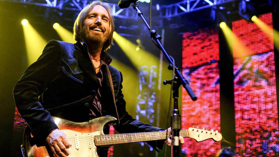 s05e09 — Tom Petty: Mysterious Ending