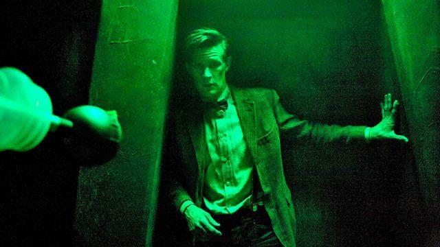 s07e01 — Asylum of the Daleks