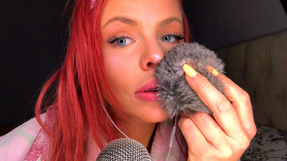 s02e16 — ASMR Mic Brushing & Tapping On Different Objects