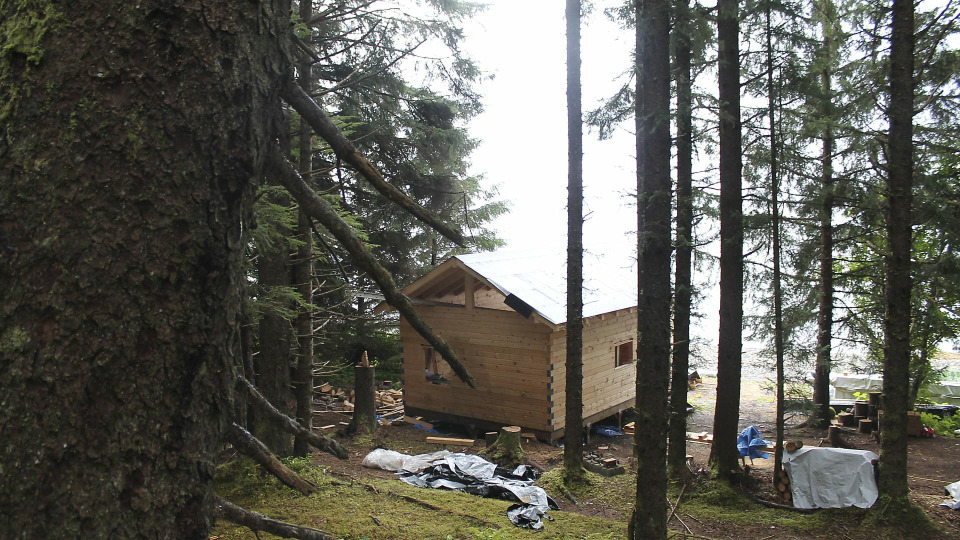 s05e10 — Alaskan Mobile Home