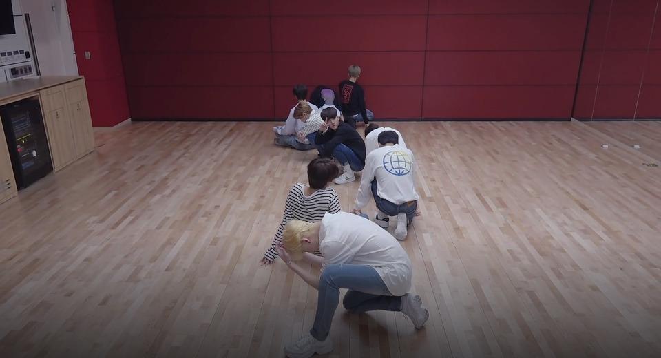 s2018e226 — [Dance Practice] «I am YOU» (Close up Ver.)