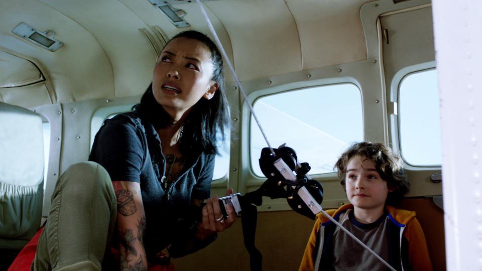 s04e03 — Kid + Plane + Cable + Truck