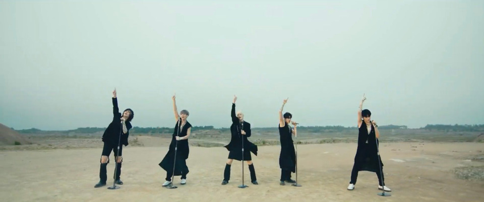 s2021e123 — [MV] «LO$ER=LO♡ER» (Choreography ver.)