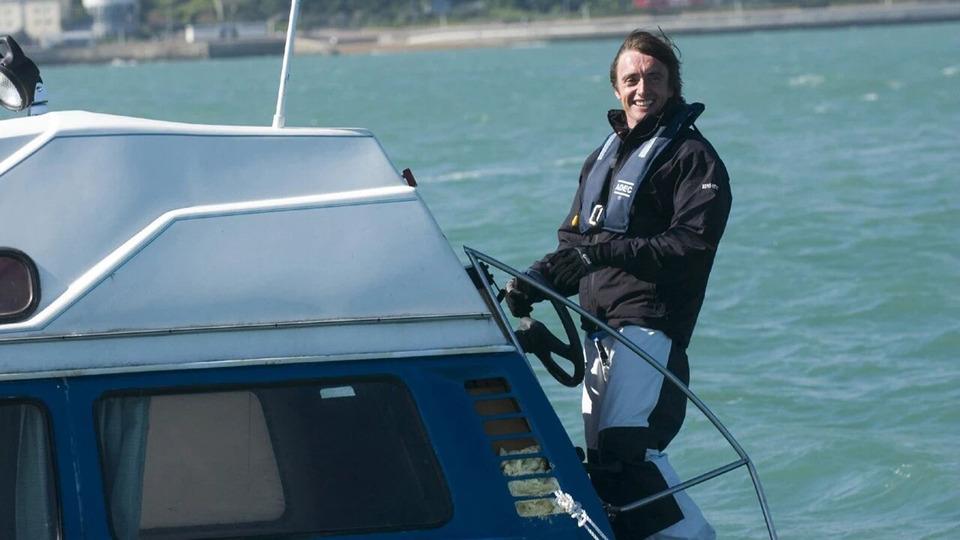 s10e02 — Crossing the Channel
