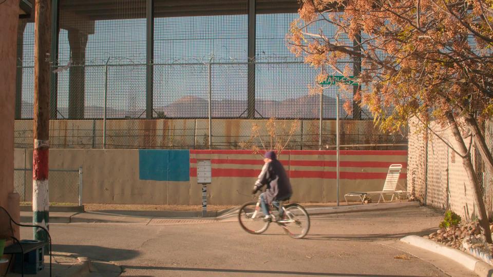 s01e01 — Burritos at the Border