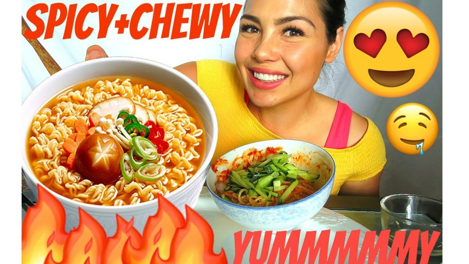s04e33 — MUKBANG 먹방 KOREAN SPICY CHEWY NOODLES RECIPE 쫄면 SOCIAL EATING 40k GIVEAWAY— I have a confession!