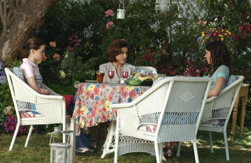 s05e01 — Say Goodbye to Daisy Miller