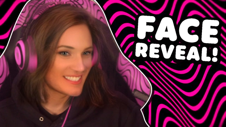 s12e08 — My Face Reveal 2.0— LWIAY #00149