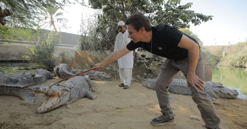 s12e03 — Карачи. Пакистанская «Формула 1», Знакомство скрокодилами иденьги ввоздухе