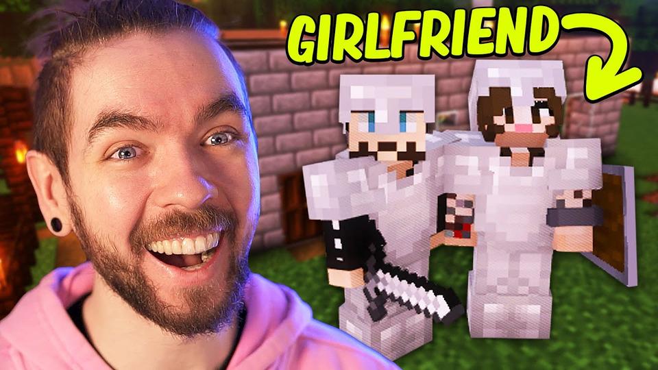 s10e25 — Minecraft with my Girlfriend— Part 1