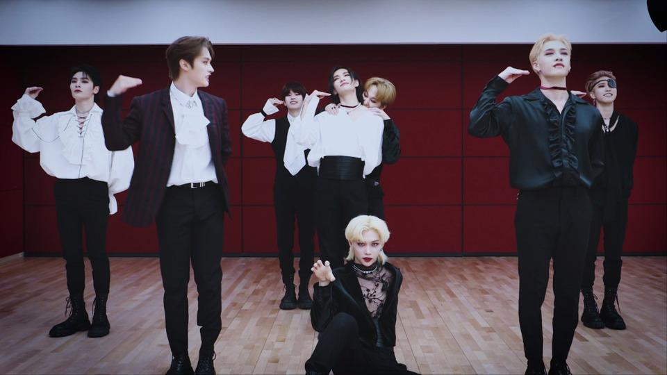 s2021e188 — [Dance Practice] «소리꾼» (Vampire ver.)